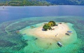Mooie Gili Sudak en Gili Kedis in Lombok, West Nusa Tenggara
