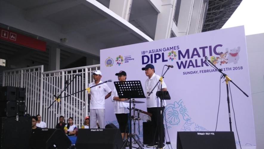 Source : http://voinews.id/indonesian/index.php/component/k2/item/897-kementerian-luar-negeri-ri-gelar-asian-games-diplomatic-walk