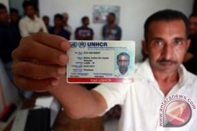 De imigratie-dienst van Jember beveiligt Rohingya-vluchtelingen