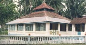 Haji Abdul Ghani-moskee : De oudste moskee op het eiland Buru
