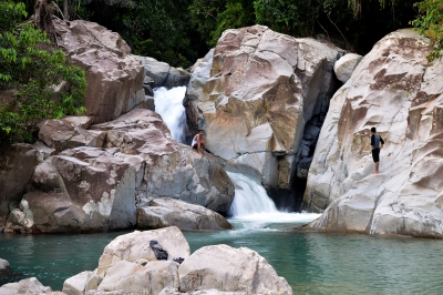 Het waterval van Sarasah Labuak rantiang in Padang, West Sumatra