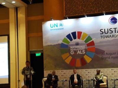 TLFF en UNEP helpen Indonesie om de palmolie industrie te ontwikkelen