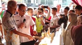 La province de Java central exporte 300 tonnes de biscuits au Bangladesh