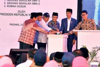 Le Président Joko Widodo a inauguré le Pesantren Intégrée le Prof. DR Hamka