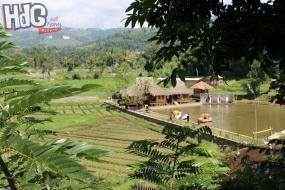 Village touristique de Saung Ciburial