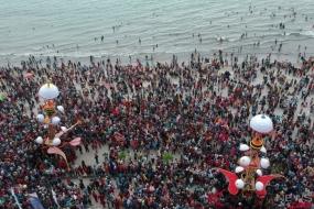Le ministre indonésien du Tourisme encourage le festival Tabuik à devenir un programme touristique national