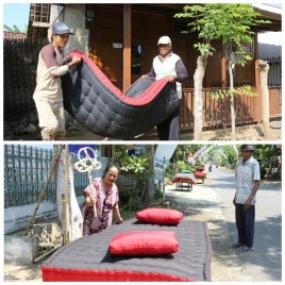 Tradition de sécher le lit par les habitants d'Osing à l'occasion de la célébration de l'Aïd al-Adha