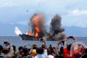 La politique de naufrage des navires de pêche illégaux continue à faire