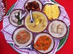 Die Tradition des Makan Bedulang in Belitung