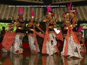 Der Tanz Bedhaya Sang Amurwabhumi