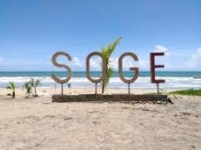 Der Strand Soge in Pacitan, Ostjava