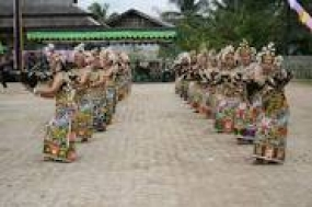 Der Enggang Tanz aus Ost Kalimantan