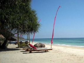 西ヌサトゥンガラ州ロンボクのSIREビーチ