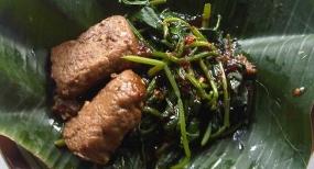 Brambang Asemという料理