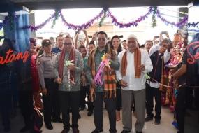 西ヌサトゥンガラ州の知事は、海外勤務研修センターを発足