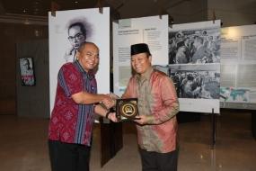 Hidayat Nur Wahidは、若い世代に博物館を愛するように呼びかけた