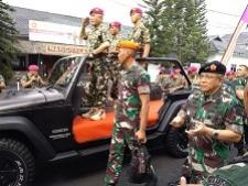 インドネシア国防大臣は、海軍の海兵隊に現在戦争の準備をすことを頼む