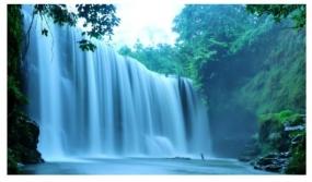 Temam 瀑布的美丽。