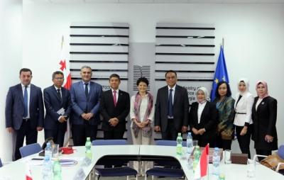发挥国家配备工具效用与官制改革部长与格鲁吉亚加强了合作