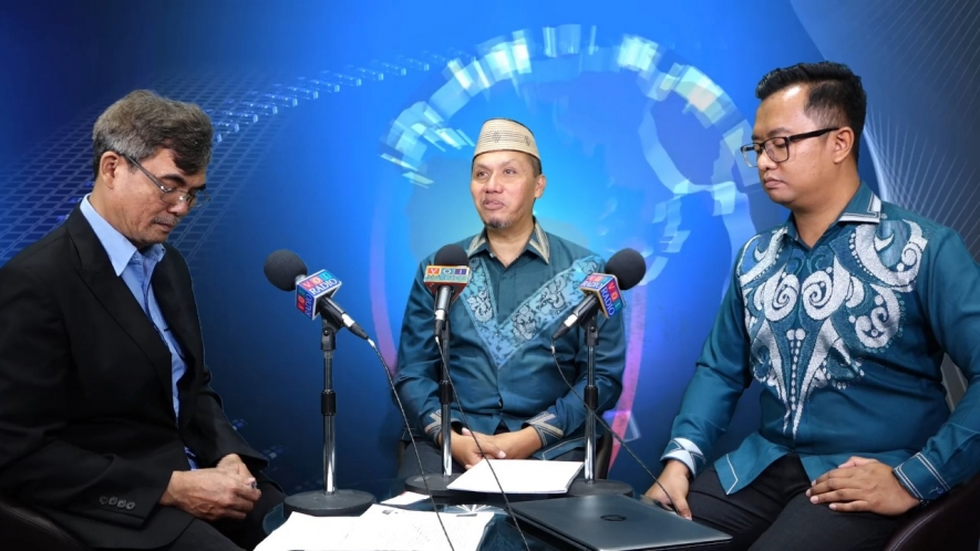 Head of Tourism Office of Gorontalo and Manager of Bank Indonesia Representative Office Gorontalo La Ode M. Arief Akbar in a special interview hosted by Daulat Pane at Voice of Indonesia Wednesday (21/08/2019)  M. Katili and