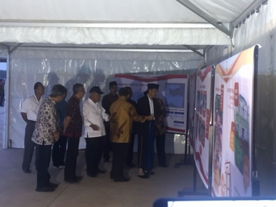 President Joko Widodo observed the construction  of Gempol -Pasuruan Toll Road Section 2