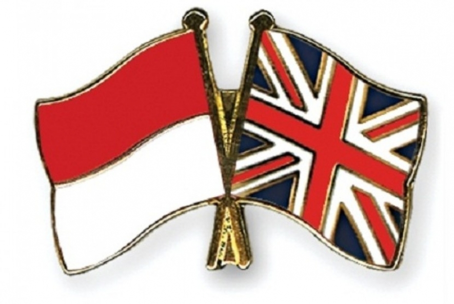 flags of Indonesia and UK