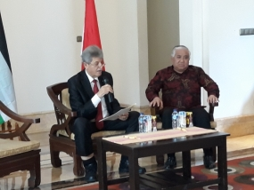 Palestinian Ambassador to Indonesia, Zuhair Al Shun and Din Samsudin 24.09.2018