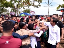 President Expects Land Owned Not to Be Sold