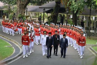 President parade with Newly appointed governor and vice governor of Lampung