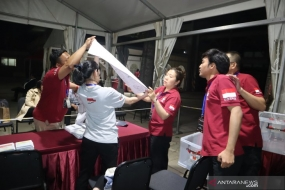 The PPLN's officers counted the ballots in Indonesian embassy in Beijing