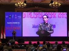 President Jokowi Encourages to Establish Online-Based Traditional Markets