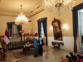 Indonesian Foreign Affairs Minister Retno Marsudi and Japanese Foreign Affairs Minister  Taro Kono