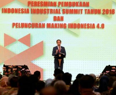 President Joko Widodo said that the 4.0 industrial revolution is currently transforming the world. Indonesia, like other countries, must be prepared and anticipate this great change.