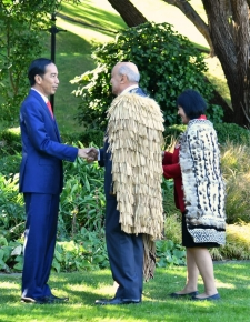 The President was introduced to Kaumātua, Piri Sciascia. Kaumātua is the title for the Maori indigenous tribal elders who are native to New Zealand and play a role in preserving the traditions and knowledge for the next generation of Maori tribes.