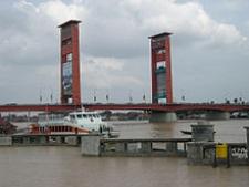 Palembang Explores Sister-city Ties with Houston