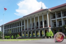 UGM Supports Nadiem Makarim's Independent Campus Policy: Rector