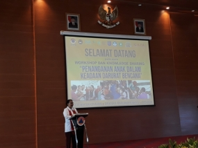 "Minister for Women's Empowerment and Children Protection Yohana Yembise opens workshop themed ""Child Protection in Disaster Emergency"" in Jakarta, Tuesday (17/7)"