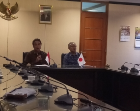 Director General of Culture, Ministry of Education and Culture, Hilmar Farid and Japanese Ambassador to Indonesia Masafumi Ishii at the Ministry of Education and Culture Office, Jakarta, Tuesday (06/25) signed an MoU