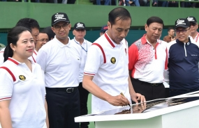 President Inaugurates Rennovated GBK Tennis Court