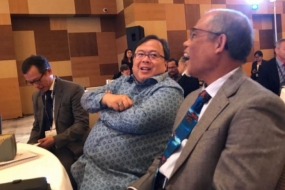 Indonesia committed to green development Minister of National Development Planning / Head of Bappenas Bambang Brodjonegoro (center) spoke with Singapore Environment and Water Resources Minister Masagos Zulkifli (right) after speaking at 5th Singapore Dialogue on Sustainable World Resources in Singapore on Friday (18/5/2018)