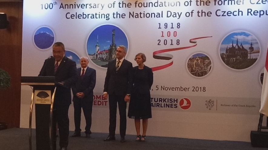 Indonesian Minister of Village, Development of Disadvantaged Regions, and the Transmigration, Eko Putro Sandjojo gives his remarks at the celebration of 100th Anniversary of the Foundation of the former Czechoslovakia in Jakarta, Tuesday (6/11)