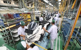 El índice de fabricación del gerente de compras sube,  el gobierno dice la política es correcta