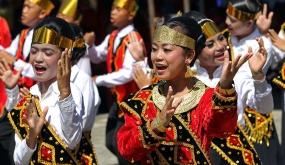 Maena-dans : een traditionele dans van de Nias-stam, Noord Sumatra