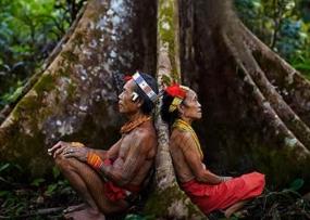 """Regional Liedjes van Mentawai, West-Sumatra: """"Teteu Amusiat Loga"""" - Matheus Samalinggai"""
