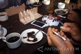 La culture Nyethe de Tulungagung