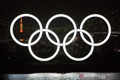 Le premier ministre Suga a promis de poursuivre les préparatifs pour les Jeux olympiques malgré la montée du COVID-19