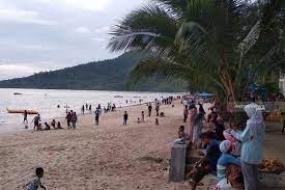 La plage de Pandan, Sumatra du nord
