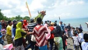 ロンボク島のRoah Segareの伝統