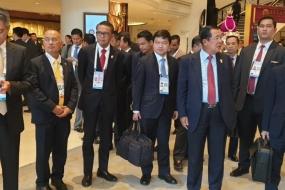 州知事は、ASEAN首脳会議で,マカッサルからの輸出の容易さを促進する