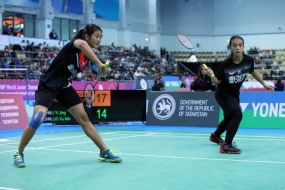 Indonesia's women's doubles pair Febriana Dwipuji Kusuma/Amalia Cahaya Pratiwi advanced to the World Junior Championship (WJC) 2019 after outclassing China's second seeded pair Li Yi Jing/Luo Xu Min in the semifinals 21-17, 23-21 in Kazan, Russia, on Saturday, October 12, 2019.
